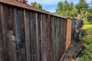 fence repair by honest lee handyman services in sacramento